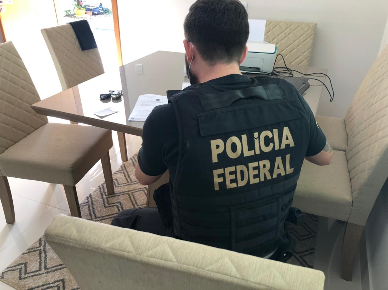 PF deflagra operação para descapitalizar grupo voltado à prática de crimes  ambientais em áreas da União em RO – Extraderondonia.com.br
